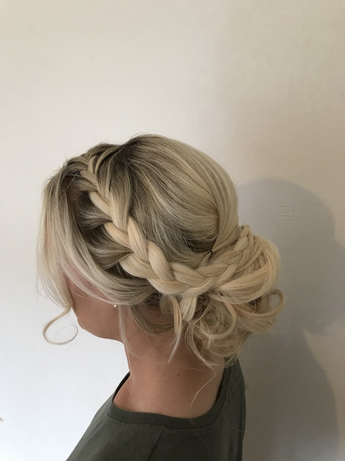 Wedding hair specialist bridal hairdresser for surrey london kent recommended junglespirit Image collections